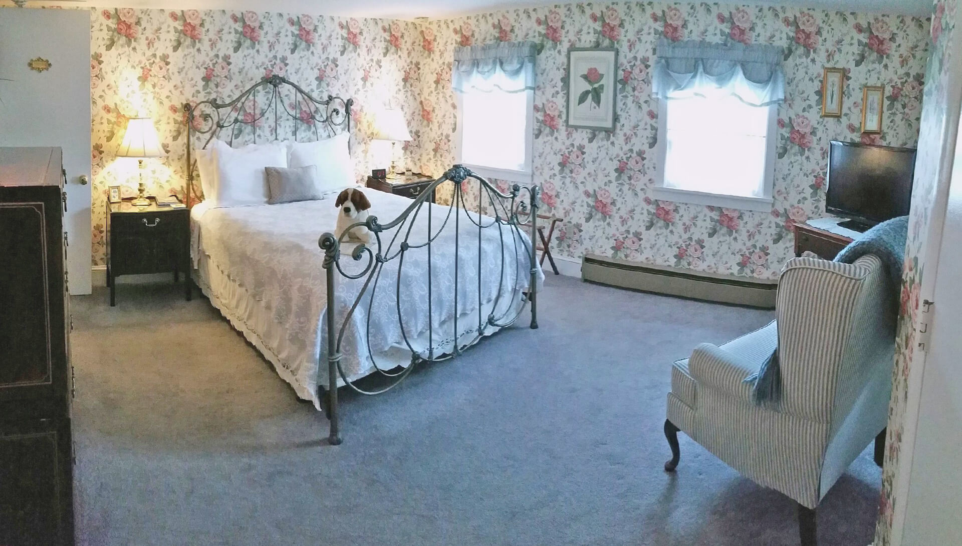 The Conrey Room | The Blue Max Inn Bed and Breakfast in Chesapeake ...